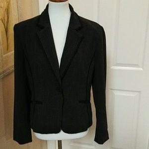 Jones Wear, 14, gray, stretch,lined blazer.